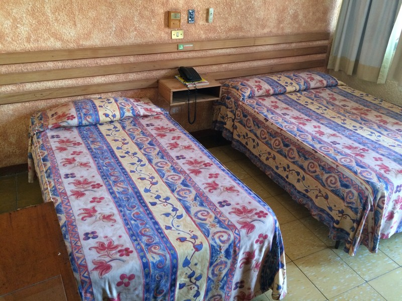 TRADITIONAL 1 FULL  ANF 1 TWIN BEDS
