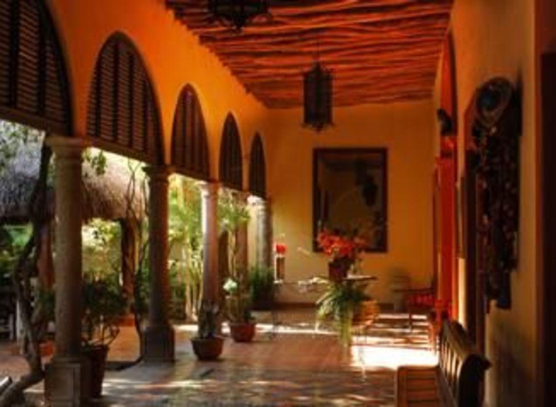 Hoteles Mirador y Barrancas